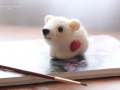 мишка белый