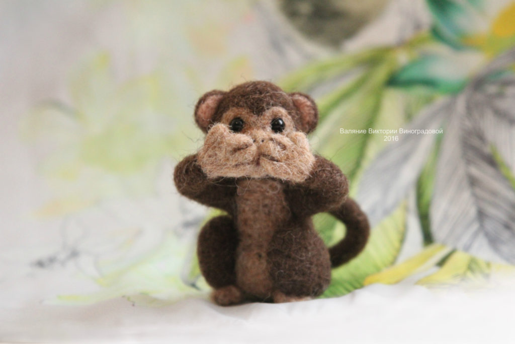 обезьянка игрушка
