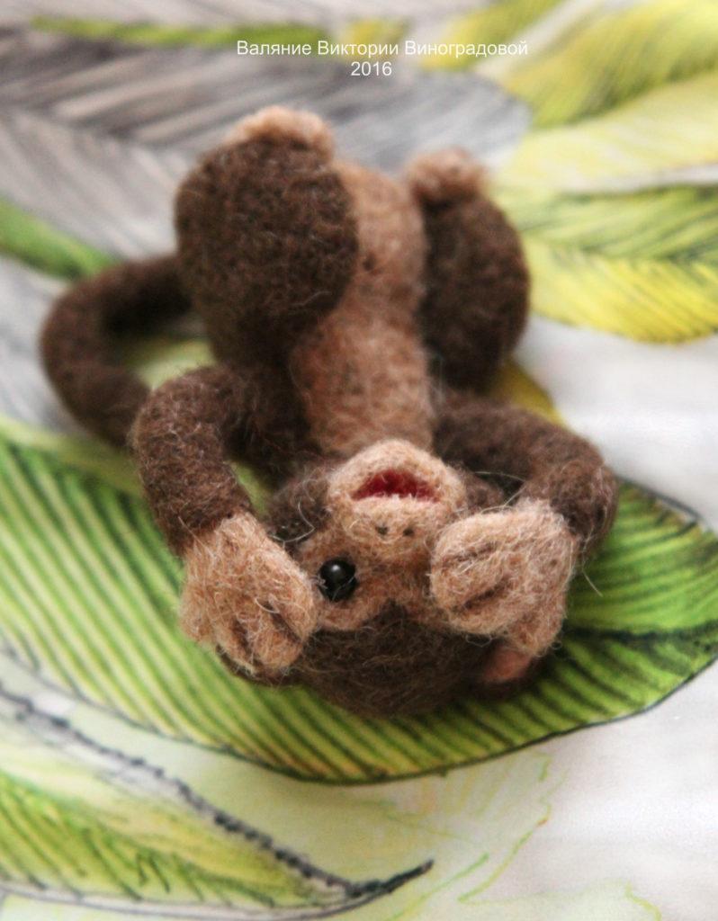обезьянка из шерсти
